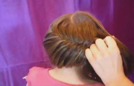 Внутренняя коса с цветком
