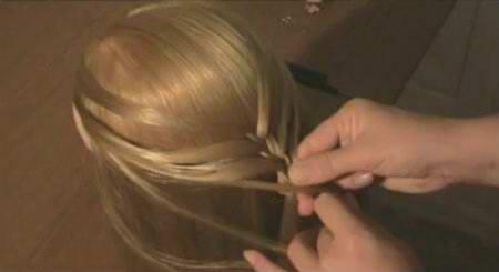 Колосок по распущеным волосам