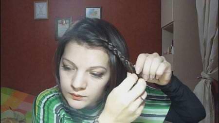 Простая прическа для коротких волос