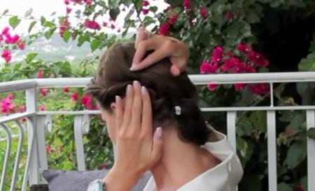 Простая прическа на короткие волосы