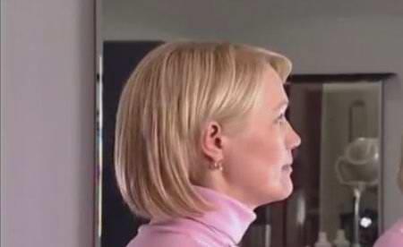 Элегантная прическа - укладка волос средней длинны