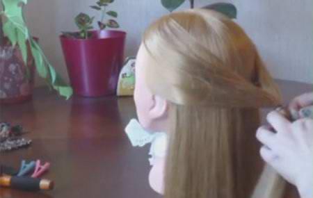 Причёска с помощью резиночек