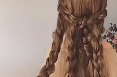 Простая, но красивая прическа из кос