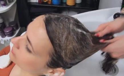 Как избавить волосы от неприятного запаха?