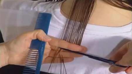 Градуированная стрижка на волосах средней длины